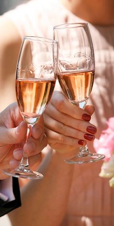 Valentijn ❤️ Roze bubbels Romance Me Darling - Rose Champagne, Champagne Brunch, Lets Celebrate, Caviar, Wine Recipes, White Wine, Happy New Year, Bubbles, Glamour
