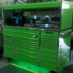 Snap on Tool Box KRL1023 with Hutch in Extreme Green. Sure to be on every guy's wish list...