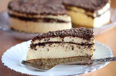 Oppskrift på kongekake med fromasj. Cake Recipes, Dessert Recipes, Norwegian Food, Pudding Desserts, Mousse Cake, Something Sweet, Creative Food, Let Them Eat Cake, Yummy Cakes