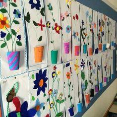 Blumenvase aus Papierbechern