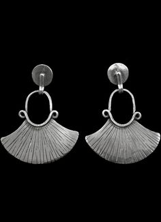 41 Collar estilo mapuche, con spondylus. - Plata Nativa Bling Bling, Drop Earrings, Metal, Jewellery, Ideas, Ear Rings, Copper, Leather Bracers, Emboss