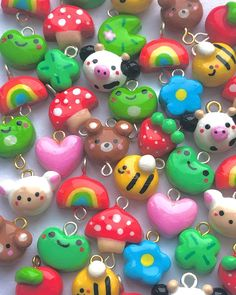 Cute Polymer Clay, Cute Clay, Polymer Clay Charms, Diy Clay, Polymer Clay Jewelry, Cute Crafts, Diy Crafts, Clay Art Projects, Arts And Crafts