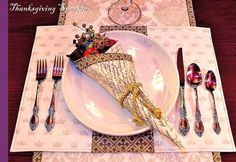 Ten Chic Napkin Folding Ideas for Thanksgiving - Home Trends Magazine