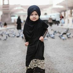 Baby Fashion Black Children 58 Ideas For 2019 Black Baby Girls, Black Kids, Baby Girl Names, Cute Baby Girl, Baby Baby, Muslim Baby Names, Muslim Girls, Muslim Couples, Baby Hijab