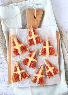 Mini mijter pizza's - Laura's Bakery