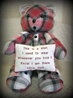 New Sewing Projects For Kids Gifts Teddy Bears 43 Ideas - Sewing Projects Memory Pillows, Memory Quilts, Memory Pillow From Shirt, Memory Crafts, Sewing Projects For Beginners, Kids Gifts, Family Gifts, Fabric Scraps, Sewing Crafts