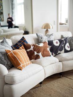 Pillow Inspiration, Interior Inspiration, Home And Living, Home And Family, Living Spaces, Living Room, Interior Decorating, Interior Design, Marimekko