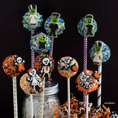 Pint Sized Baker: Easy Halloween Cake Pop Tutorial