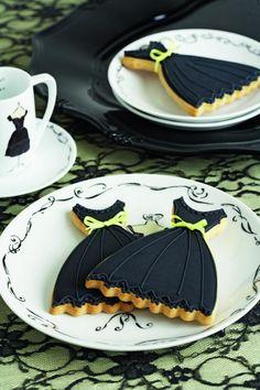 Biscuit Dress by Intermezzo Minicatering Italiano
