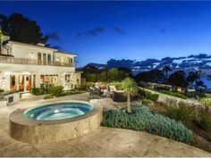 Full Size Pictures of 264 Torrey Pines Terrace Large Fire Pit, Built In Bbq, Torrey Pines, Outdoor Entertaining, Luxury Homes, Terrace, Beautiful Homes, San Diego, Outdoor Living