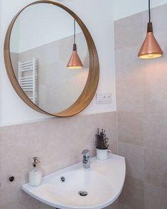 Romantikus tapéta hatású fali burkolat a @ceramicafioranese gondozásában.  Kollekció: Sweet revolution Interior design: @mhdesign.hu • • • #interiordesign #homedecor #homedeco #rokfortprojekt #rokforthome #tile #tiles #csempe #burkolat #coverings2019 #coverings #fioranese #mhdesign #bathroom #bathroomdecor #bathroomdesign #interiordesigner Mirror, Bathroom, Furniture, Instagram, Home Decor, Elegant, Washroom, Decoration Home, Room Decor