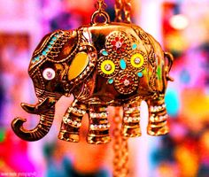 elephant india is full of color. even the elephants are colorful! Indian Elephant, Elephant Love, Elephant Art, Colorful Elephant, Elephant India, Elephant Stuff, Elephant Necklace, Elephant Jewelry, Bright Stars
