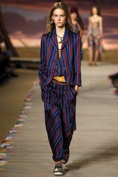 Tommy Hilfiger Spring 2016 Ready-to-Wear Fashion Show - Julie Hoomans