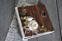 Wedding album/Wood wedding album/Rustic photo by lechoixdelamariee