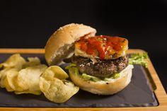 Be water my friend | Burger | Hamburguesa | Hamburguesería | Lugar: c/ Ramón trias fargas 2, 08005 Barcelona | Estilos de Comida: Hamburguesas - Tapas | Horario: Mar - Jue: 9:00 - 17:00, Vie - Sáb: 9:00 - 3:00, Dom: 9:00 - 21:00