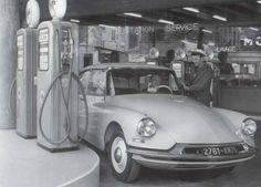 1960 : essence, le litre 1,03 francs ( 0,16 € )