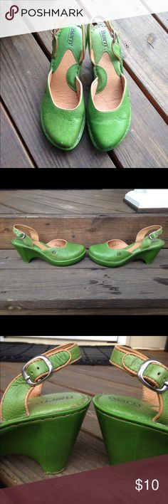 Born Green Sandals Clogs Shoes 9 Bright green leather wedges/heels, have a little wear where heels meet ground. One tiny rub on toe. Size 9 / 40. Born Shoes Heels