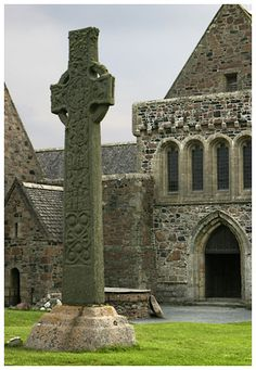 St. Martin's Cross  Iona Abbey  Isle of Iona, Scotland