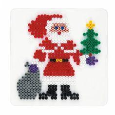 Hama strijkkralenbordje in de vorm van een kerstman. Exclusief strijkkralen.
