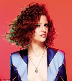 Jess Glynne: 'Music is my therapy': We talk to multiselling singer-songwriter Jess Glynne 40s Hairstyles, Vintage Hairstyles, Wedding Hairstyles, Pin Up Hair, My Hair, Jess Glynne, I Love Redheads, 1920s Hair, Hair Again