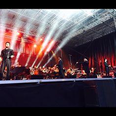 #Repost from @rockme_ilvolo with @ig_saveapp. @ilvolomusic #LocarnoGrandeAmore #GrandeAmoreTour2015 by @antonio_aleo: Iniziato il concerto #thankyouforsharing #ilvolo #june12 #Rockmeilvolo