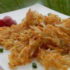 Potato Rosti Recipe Side Dishes with potatoes, salt, pepper Side Recipes, Easy Healthy Recipes, Easy Meals, Healthy Meals, Yummy Recipes, Healthy Food, Recipies, Vegan Recipes, Yummy Food