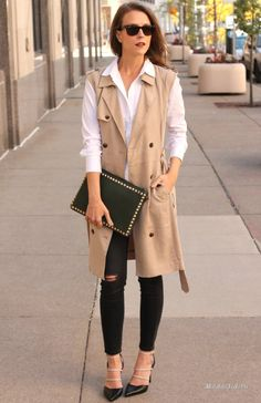 Длинные жилеты. Пальто без рукавов.