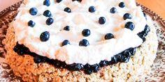Lettlaget og veldig populær kake med havre, krem og blåbær!