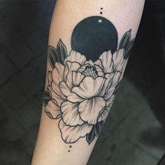 Resultado de imagen para peony cover up tattoo