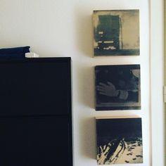 #denisefelber #art #kunst #modernart #modernekunst #contemporaryart #zeitgenössischekunst #abstraktekunst #mischtechnik #mixedmediaart Bookcase, Home Decor, Contemporary Artwork, Abstract Art, Painting Art, Pictures, Decoration Home, Bookcases, Interior Design