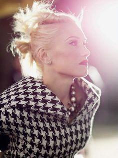Gwen Stefani houndstooth jacket w/ chunky collar