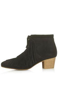 ACRE Fringe Boots