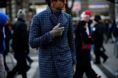 Le 21ème | Roberto Mararo | Milan. 17 JAN 2016. WHO: Men, Roberto Mararo. WHAT: Unknown. WHERE: Milan, Italy. WHEN: Milan Men's Fashion Week, Fall/Winter 2016/2017, Fall/Winter 2016/2017.