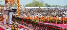 2014 Lok Sabha Elections: Narendra Modi campaigns in Bareilly