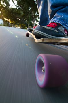 We don't know how they got this #longboarding picture, but it makes us want to get out there and shred.