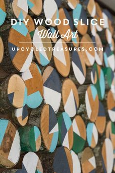 Looking for creative, affordable wall art ideas? See how easy it is to reimagine fallen branches into wood slice art! Diy Wall Art, Diy Wall Decor, Wood Wall Art, Home Decor, Diy Wand, Diy And Crafts Sewing, Diy Crafts, Wal Art, Creative Arts And Crafts