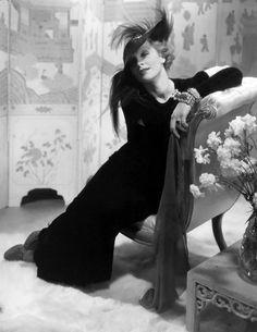 Photo Edward Steichen, 1932, Marlene Dietrich.