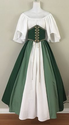Medieval Fashion, Medieval Dress, Medieval Clothing, 1800s Dresses, Renaissance Fair Costume, Conceptual Fashion, Fantasy Gowns, Cool Outfits, Fashion Outfits