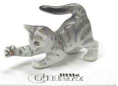 ➸ LITTLE CRITTERZ Cat Miniature Figurine Siamese Cat Kitten Blaze