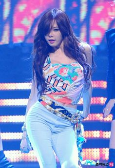 4Minute Kim Hyuna #Kpop #hyuna Come visit kpopcity.net for the largest discount fashion store in the world!!