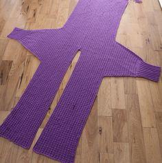 Crochet Stitches, Crochet Hooks, Knit Crochet, Crochet Cardigan Pattern, Crochet Patterns, Sewing Patterns, Gilet Long, Lace Tee, Crochet Videos