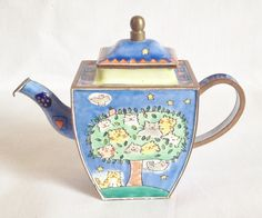 "Charlotte Di Vita ""Catkins"" teapot"
