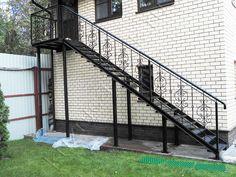 Картинки по запросу уличная металлическая лестница спб
