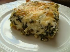 Everyone usually has one or two traditional food dishes that they have every Christmas. One of ours is Spinach Cheese Casserole. Vegetable Side Dishes, Vegetable Recipes, Spinach And Cheese, Spinach Pie, Frozen Spinach, Pizza, Greek Recipes, Side Dish Recipes, Food Dishes