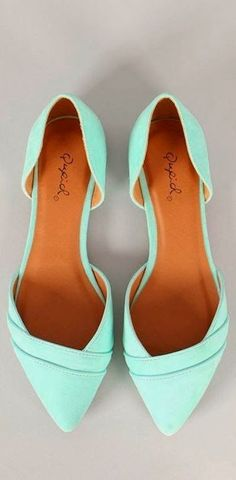 Super cute mint pointer flat fashion