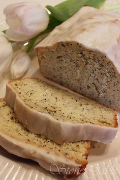 Lemon seed poppy cake.  YUM!