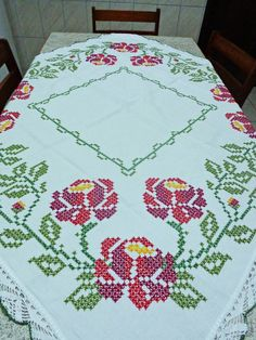 1 million+ Stunning Free Images to Use Anywhere Cross Stitch Borders, Cross Stitch Flowers, Cross Stitch Patterns, Hand Embroidery Patterns, Embroidery Stitches, Handmade Crafts, Diy And Crafts, Swedish Embroidery, Crochet Blankets