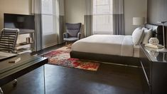 The one bedroom suite offer exclusivity and privacy in the heart of San Francisco.