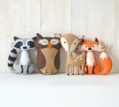 This listing is for four felt woodland forest stuffed animal hand sewing patterns: a fox a deer an owl and a. This listing is for four felt woodland forest stuffed animal hand sewing patterns: a fox a deer an owl and a raccoon. Plushie Patterns, Animal Sewing Patterns, Softie Pattern, Stuffed Animal Patterns, Pattern Sewing, Doll Patterns, Softies, Couture Main, Woodland Animals