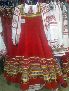 Creative workshop for the production of . Nutcracker Costumes, Ballet Costumes, Girl Costumes, Dance Costumes, Russian Party, Folk Costume, Girl Dancing, Dance Dresses, Designer Wear